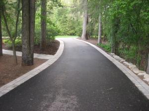 Brick paver border along driveway