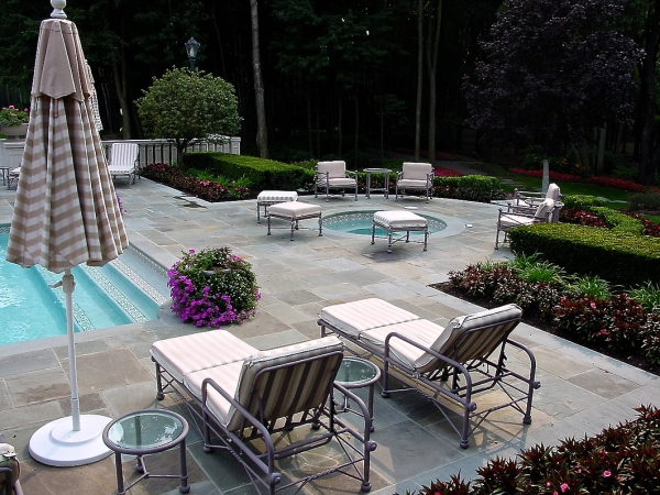 Professional Outdoor Fire Pits Installation Around Bloomfield Hills MI - SDS Stone Paving - 4a89cb_86cc32cd93a94700913365fe471e67f6