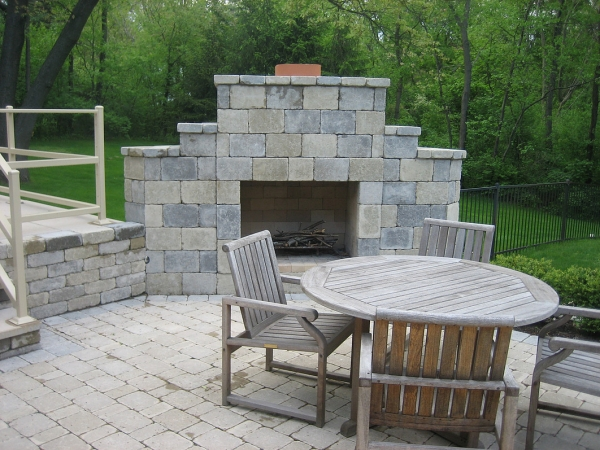 Professional Outdoor Fire Pits Installation Around Bloomfield Hills MI - SDS Stone Paving - 4a89cb_ce6c506c4afc4438bc9710bddf2acd5e