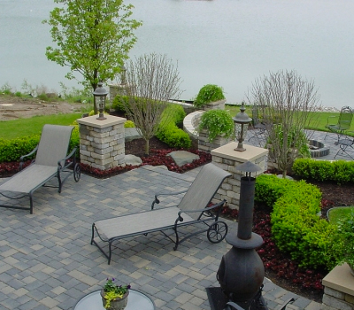 Professional Hardscaping Installation Serving West Bloomfield MI - SDS Stone Paving - pillars